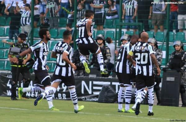 Figueirense-2-x-1-Joinville---Campeonato-Catarinense-2014--_13840683144_o
