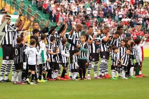 Argel relaciona 21 jogadores para o duelo contra o Flamengo