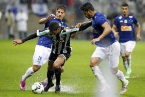 Raio X: Cruzeiro, líder com tropeços